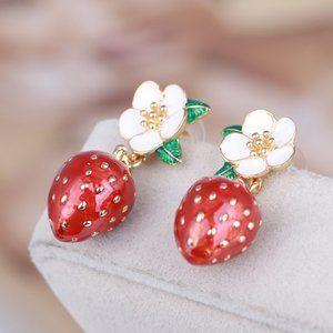 Kate Spade Daisy Strawberry Earrings